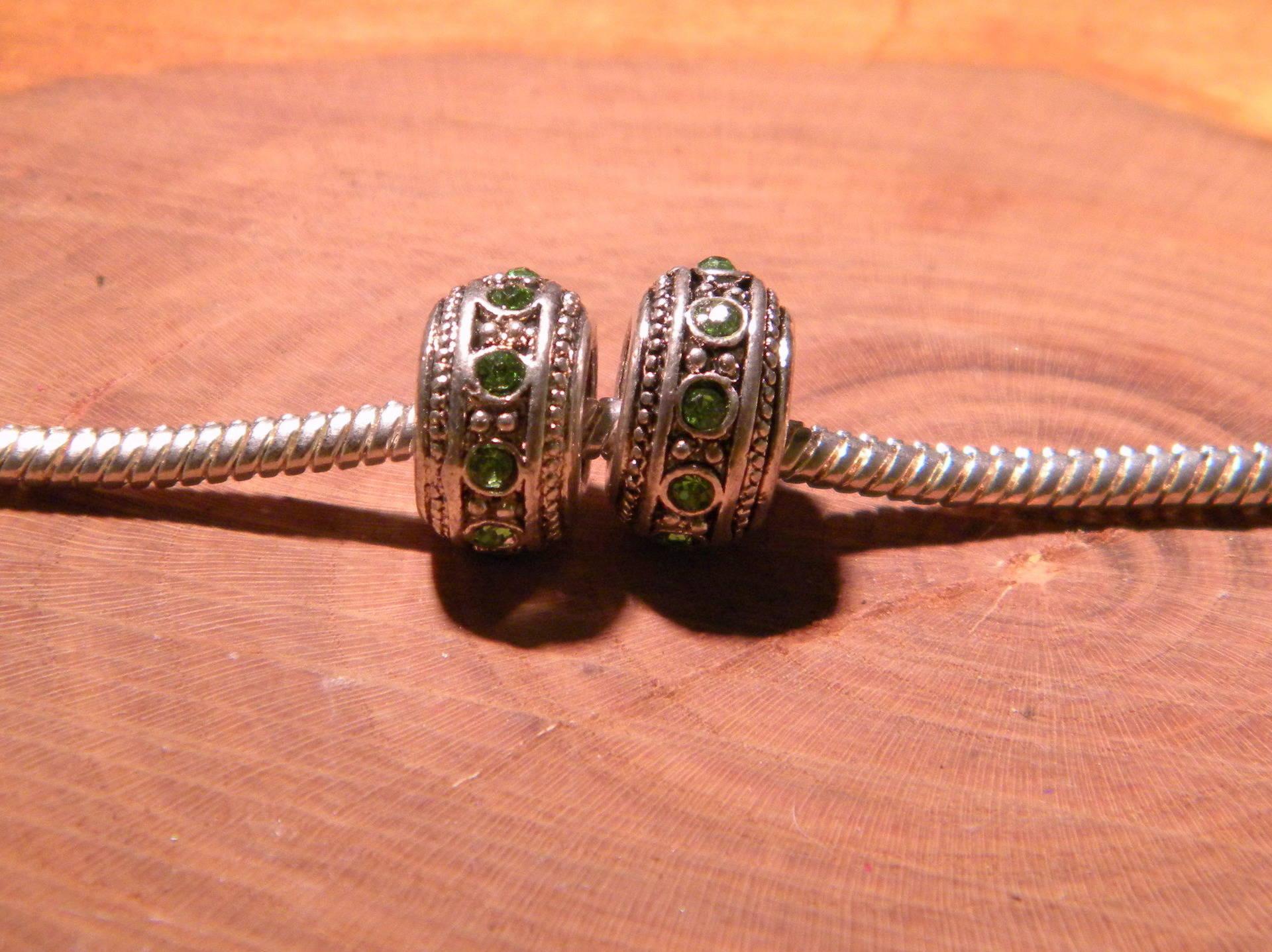 2 perle charms européenne intercalaire- strass vert - argenté- 12 x 7mm PF134