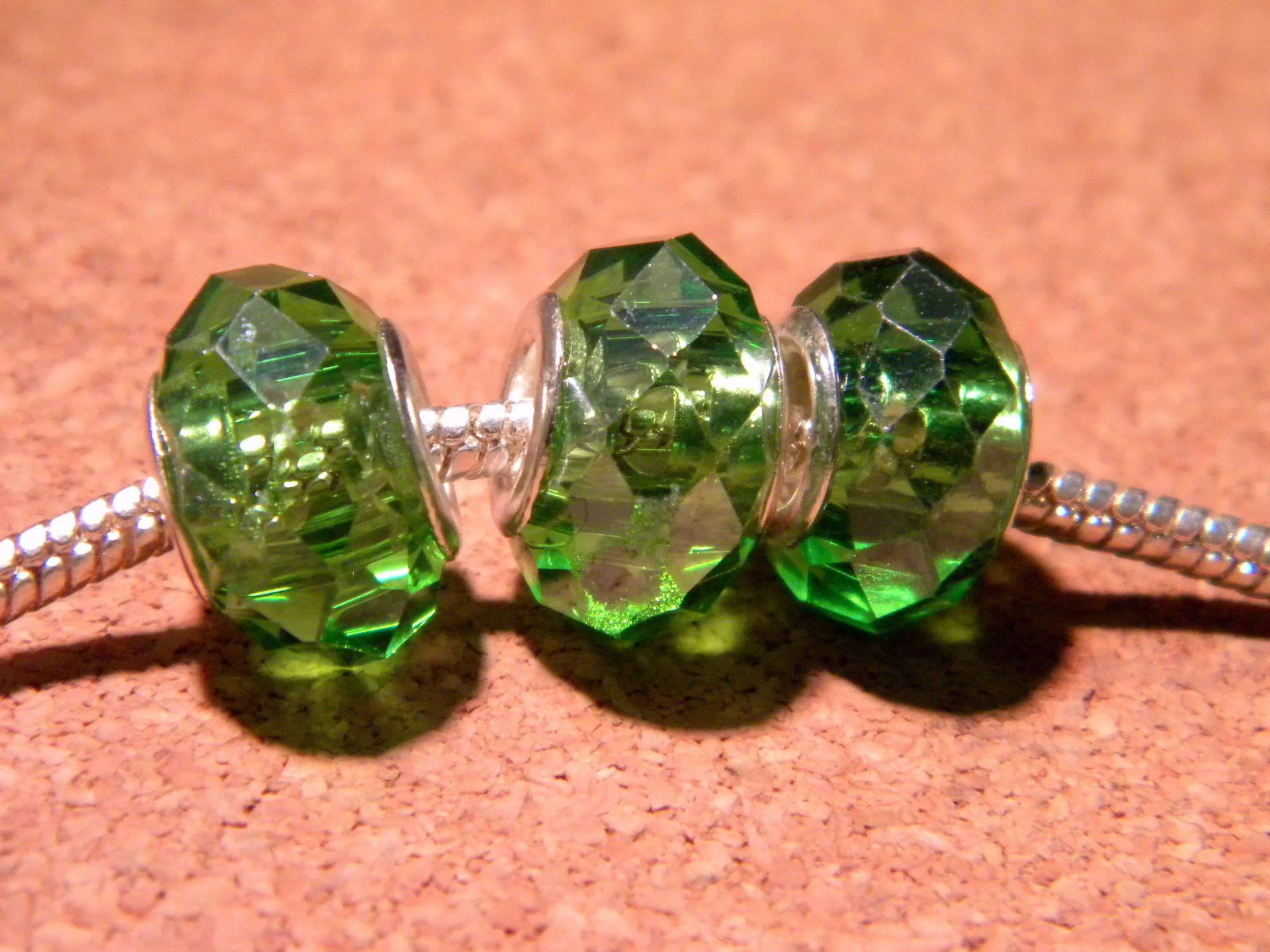 3 perle charm européenne- verre à facettes 14x 10 mm vert emeraude- D105-13