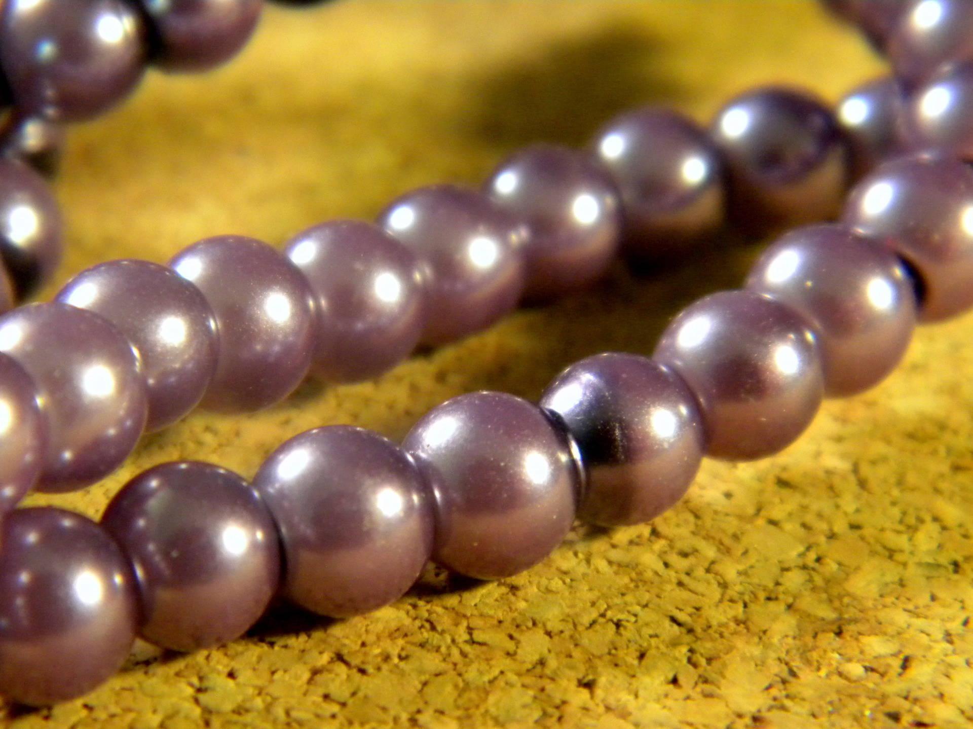 150 perles verre nacre irisé 6 mm -champagne-  PE 213