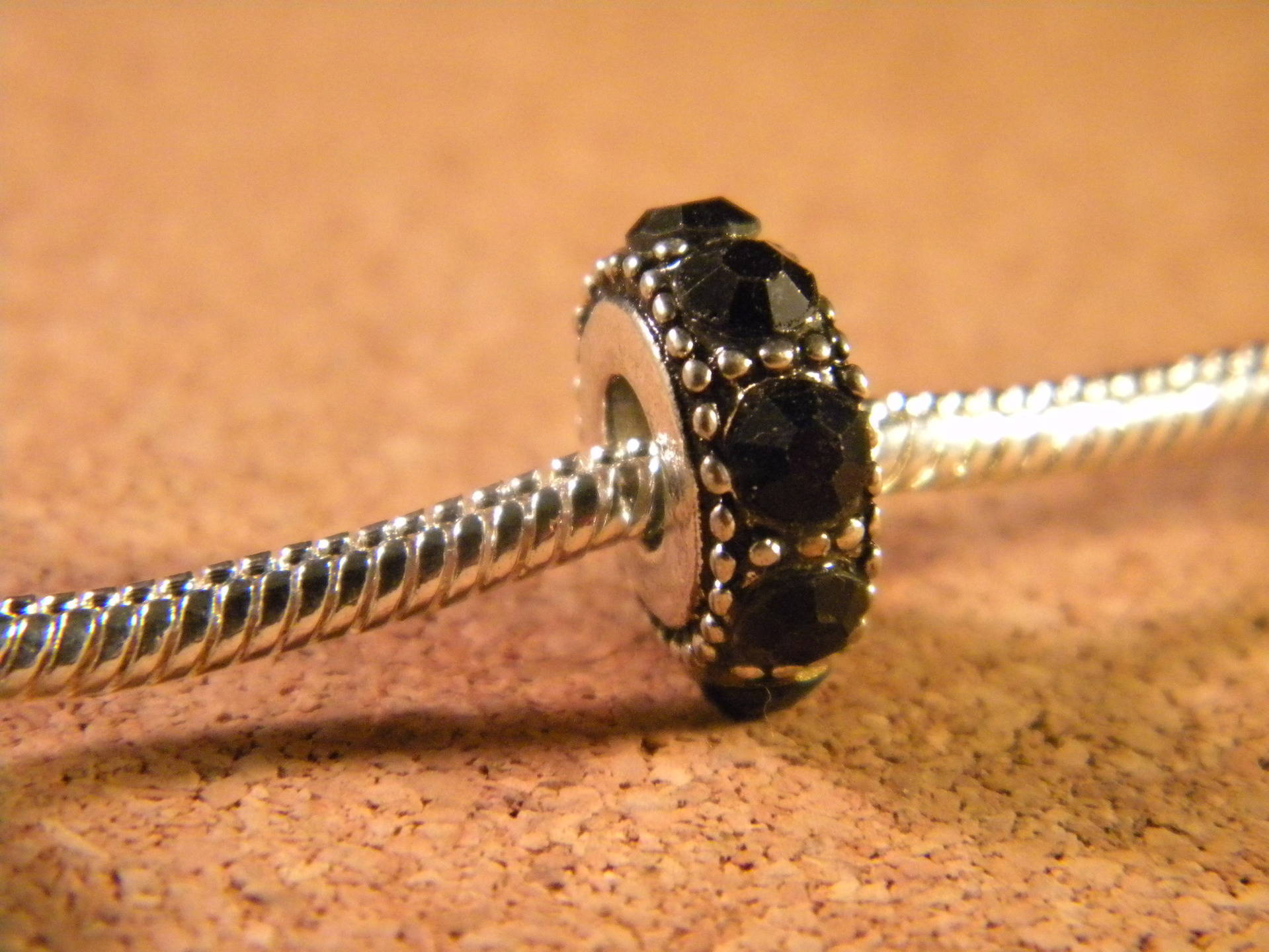 perle charms européenne- strass-cristal noir- 14 x 6 mm-CHA-C-17
