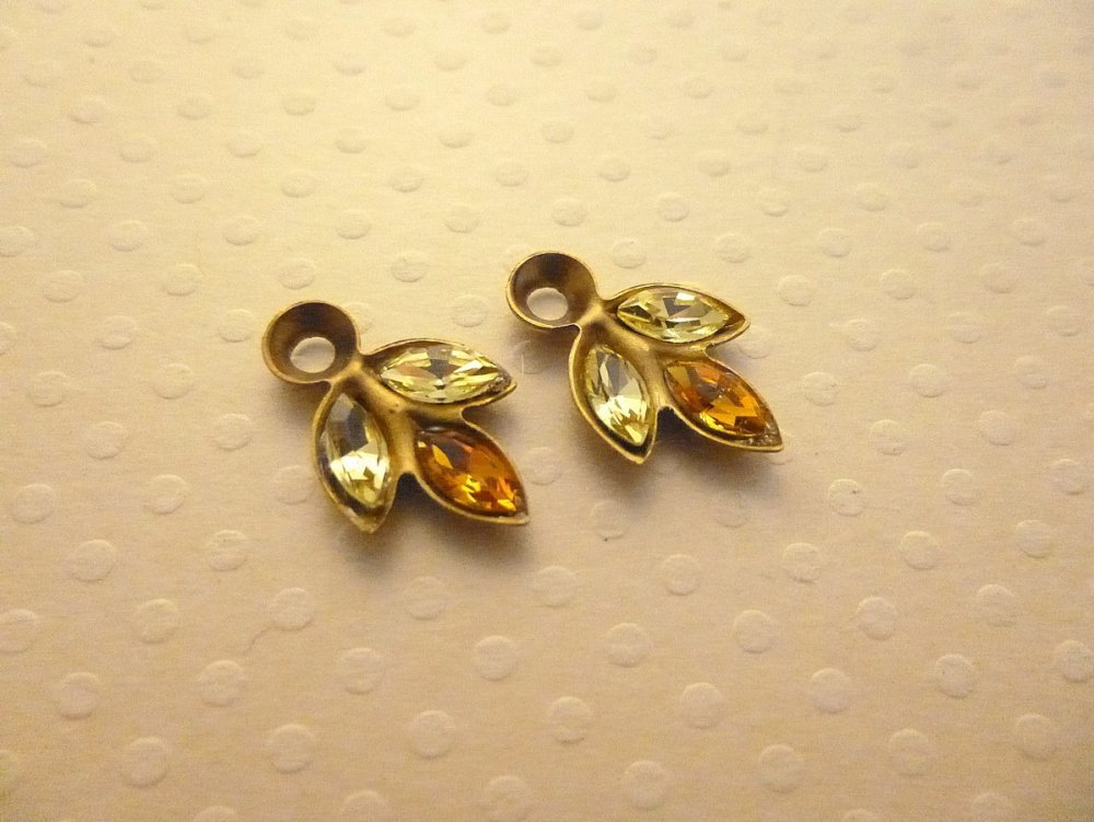 Lot 2 breloques navettes cristal jaune/orange support vieil or 17x10mm