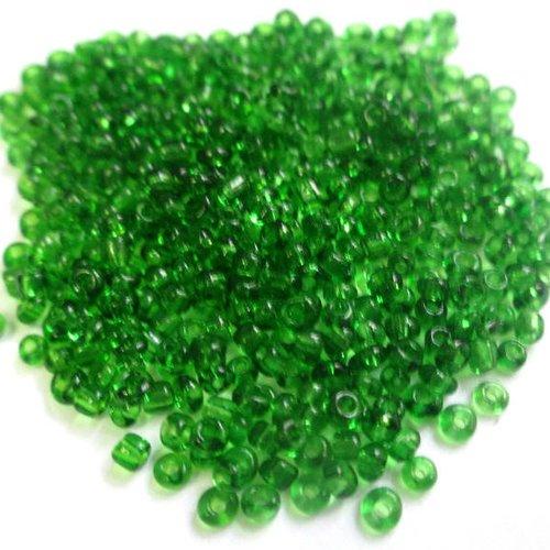10gr perles de rocaille vert bouteille transparent  2mm (environ 800 perles)