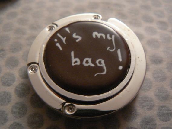 "accroche sac fimo marron ""it's my bag"" (""c'est mon sac"")"