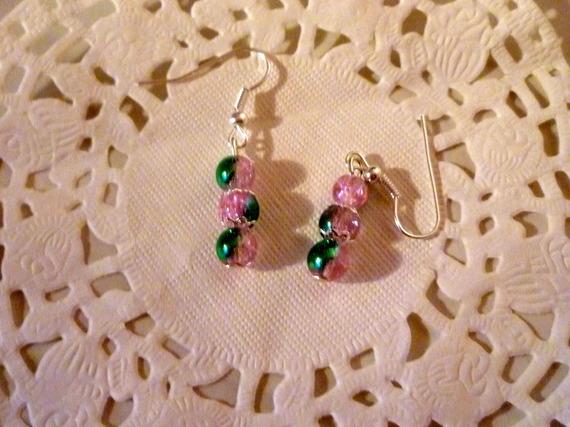 Bijoux fantaisie : boucles d'oreille perle rose et verte@laboutiquedenath