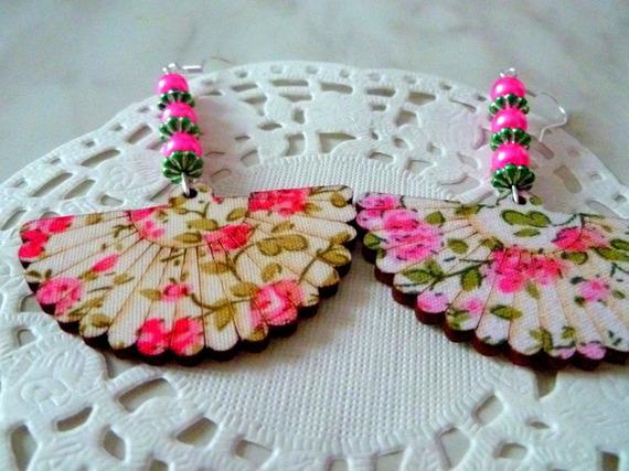 Boucles d'oreilles éventail motif fleurs roses