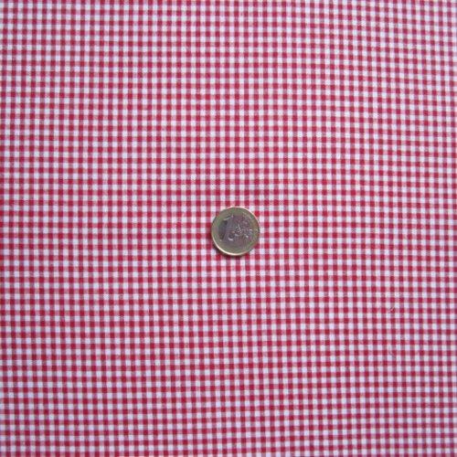 Coupon de tissu vichy rouge et blanc