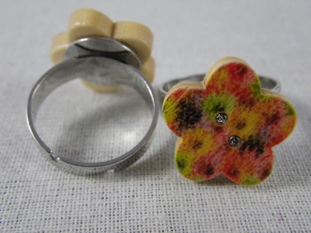 Bague bouton fleur en bois fleurs multicolores