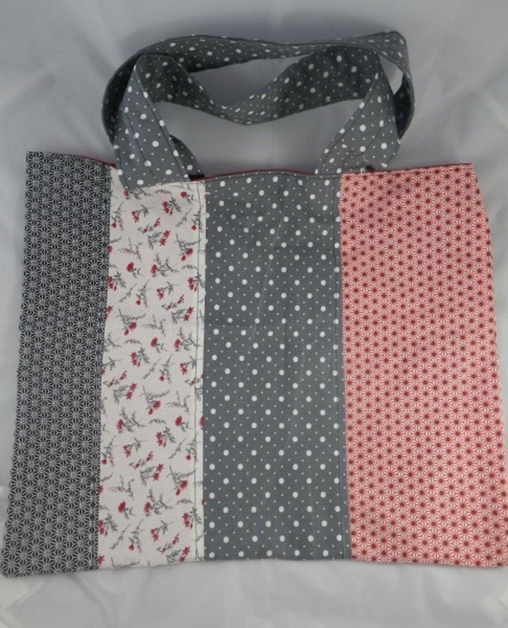 Grand sac cabas patchwork gris / blanc / rouge / noir tissus