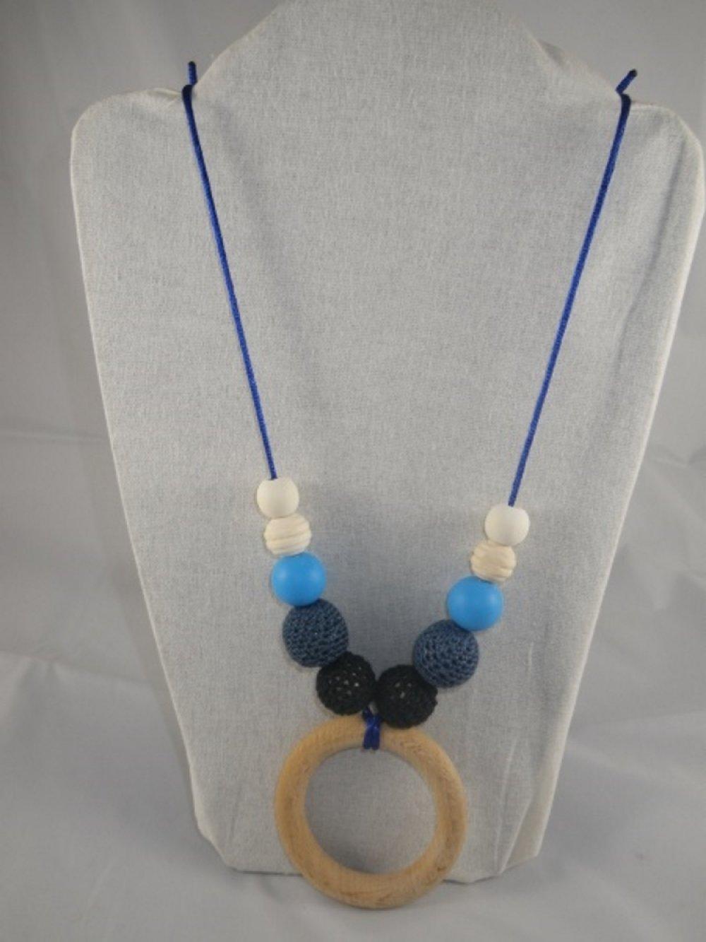 Collier de portage / allaitement bleu