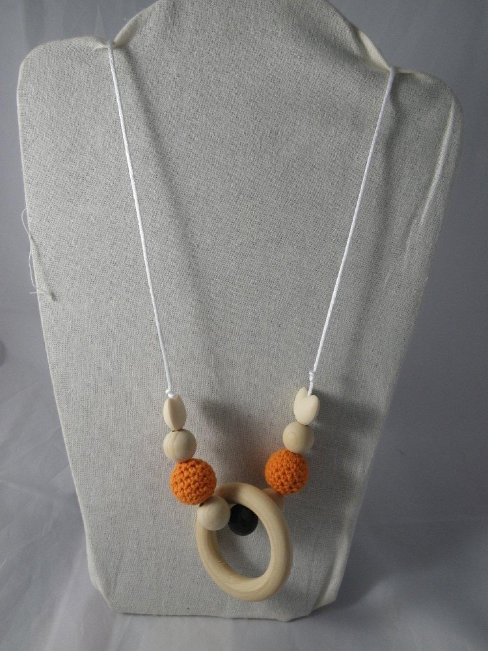 Collier de portage / allaitement orange et marron