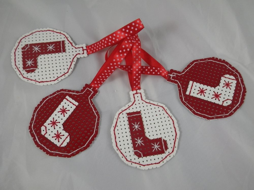 4 boules de Noël rouges et blancs en vinyle