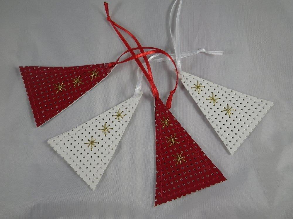 4 suspensions sapins rouges et blancs en vinyle