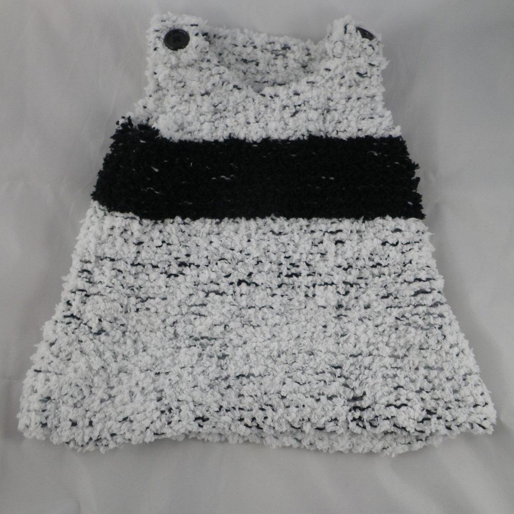 Robe / tunique noire et blanche