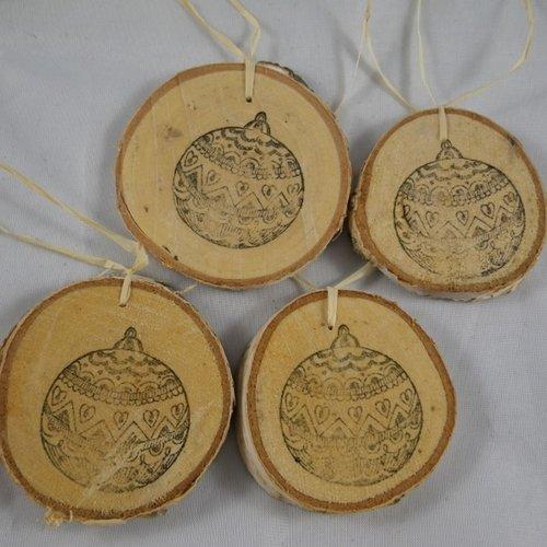 4 boules de noël en bois et tampon boule de noël