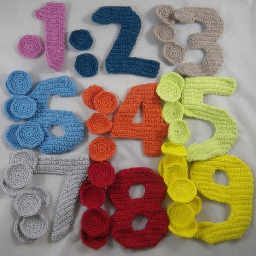 """""""j'apprends à compter"""" multicolore au crochet"""