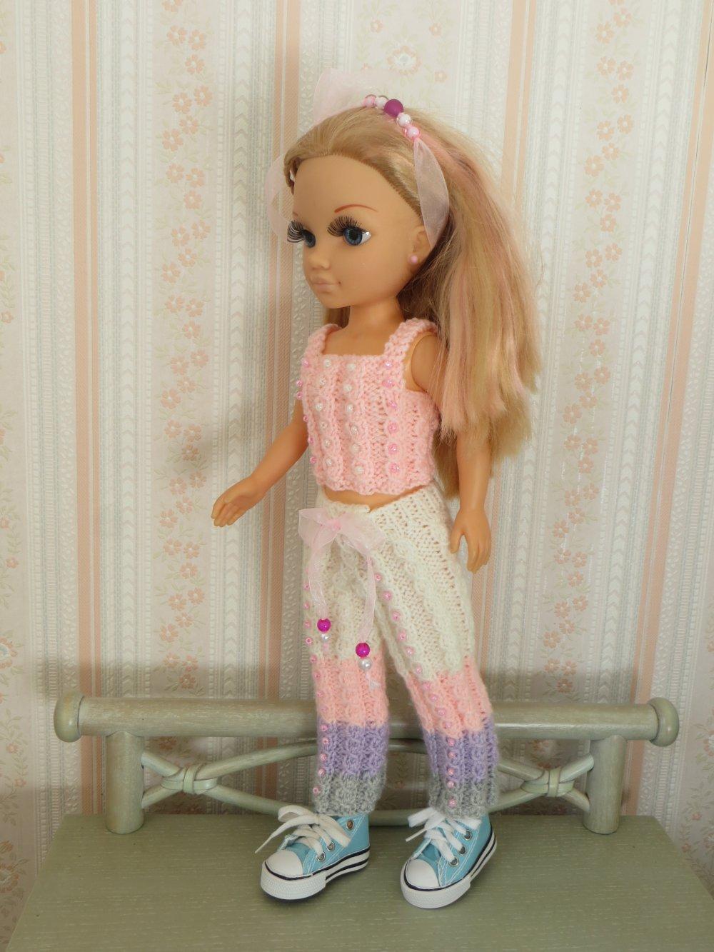 Pantalon et top pour poupées Nancy de Famosa