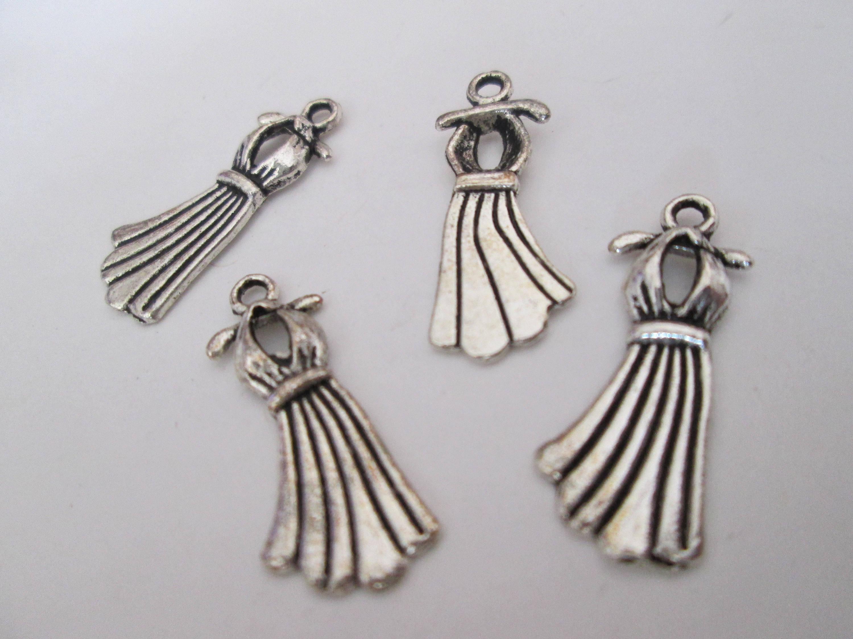 10 breloques robe en métal argenté 23 x 10  mm