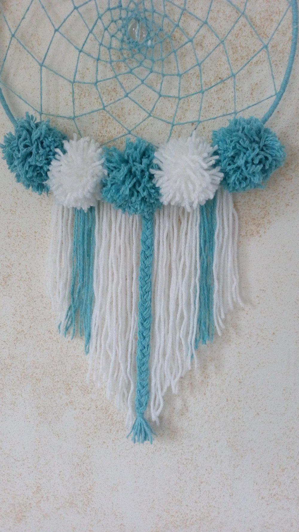 Attrape rêves dreamcatcher bleu turquoise et blanc à pompons