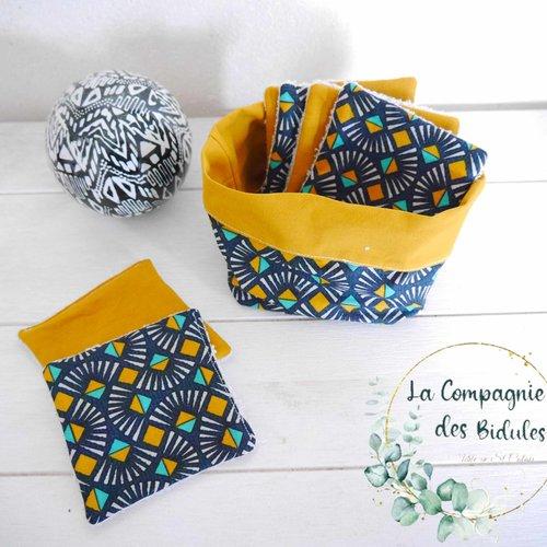 Idée cadeau sympa, original et pratique, un set corbeille et lingette, motif bleu marine