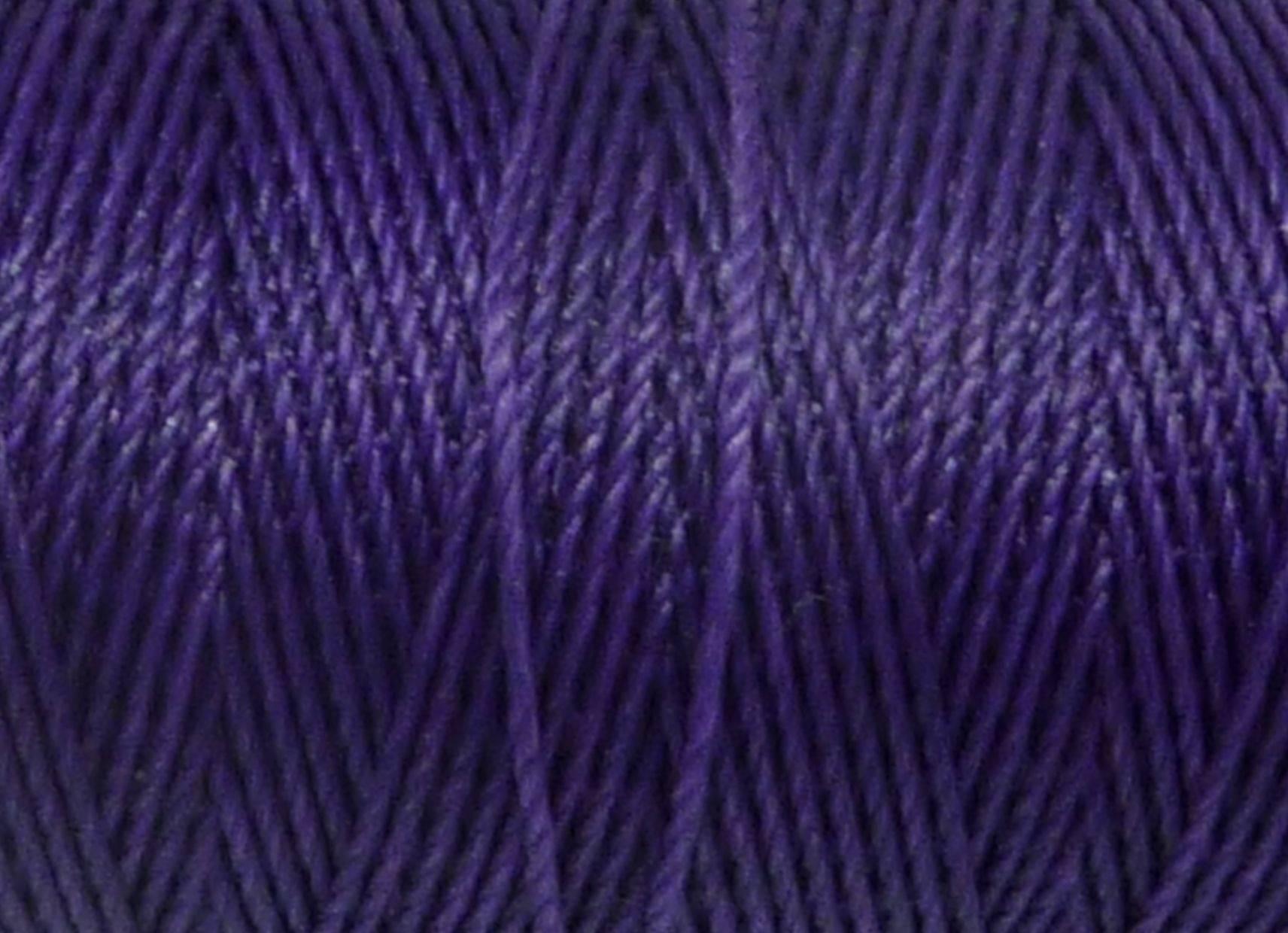 10m Fil polyester ciré 0,8mm de couleur violet lilas