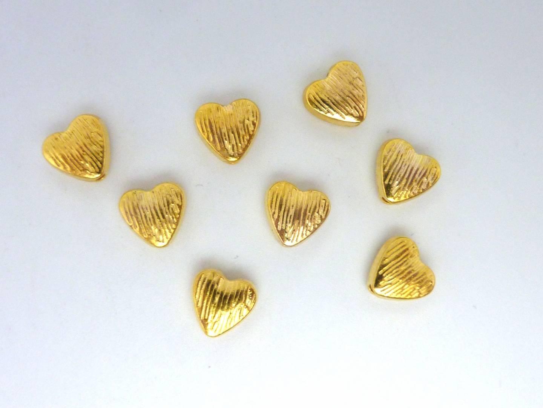 20 perles coeur strié 7,6mm en métal doré