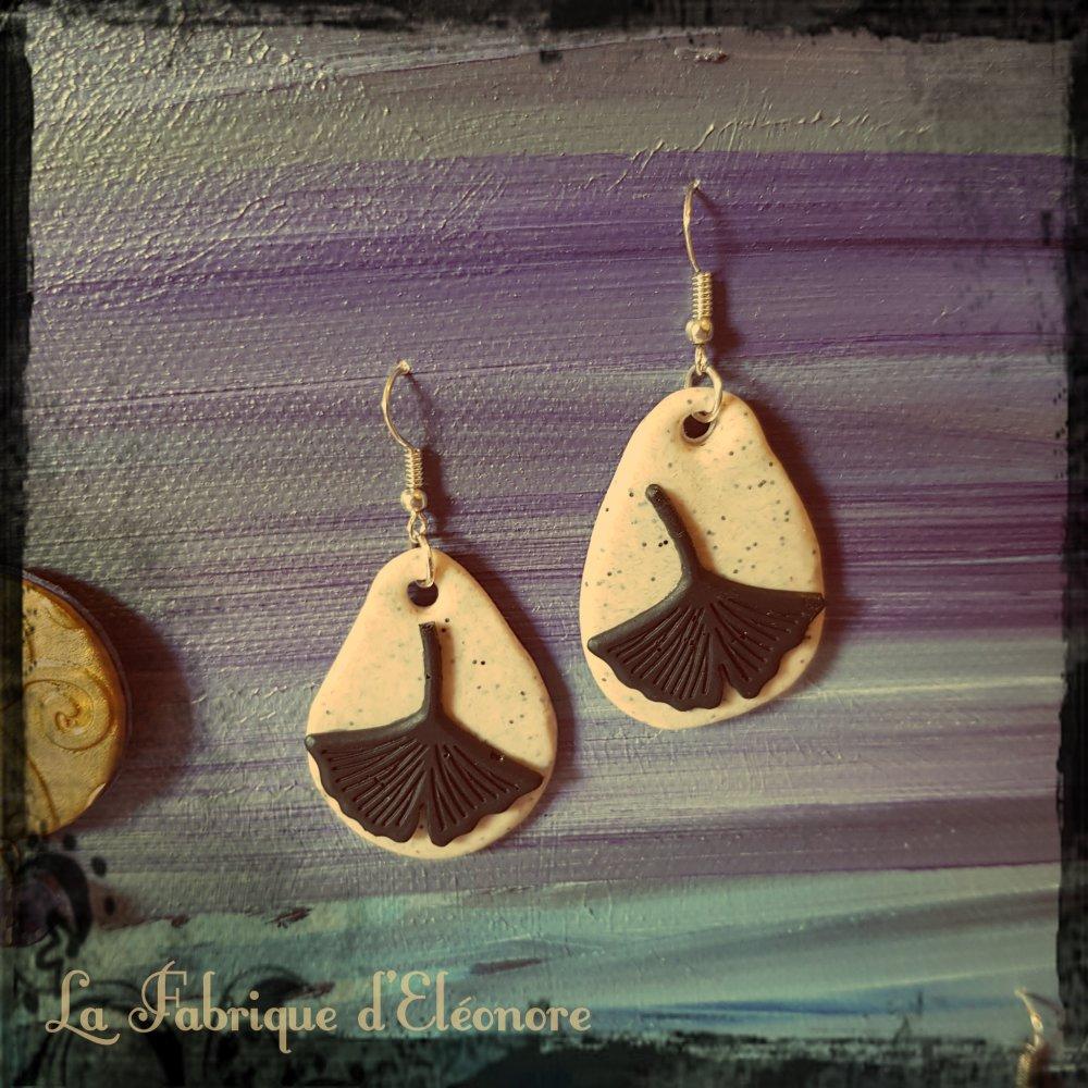 """Boucles d'oreilles pendantes """"Cailloux"""""""