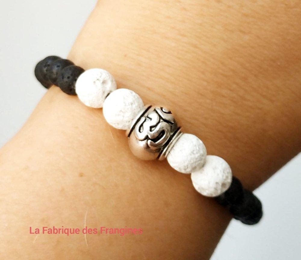 Bracelet en pierre de lave noir et blanc perle métal argenté Om bouddhiste bohème