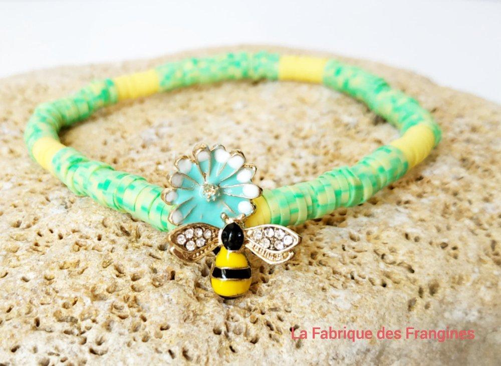 Bracelet élastique bohème en perle heishi et son abeille qui butine jaune et vert