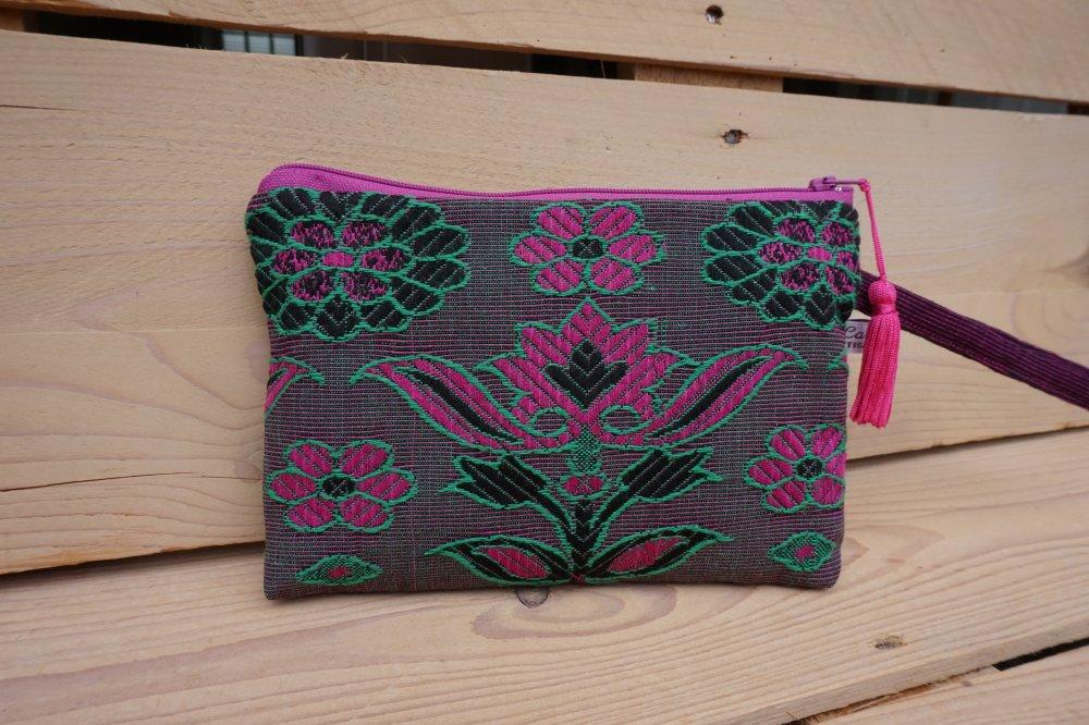 Pochette grand modèle, motif fleur de lotus rose et vert, zip 20 cm, pompon
