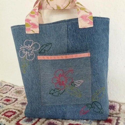 Sac cabas en jean recyclé brodé hibiscus