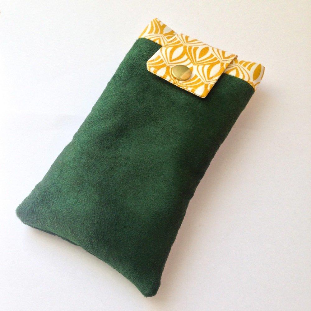 Housse pour téléphone (ou à lunettes) vert et jaune