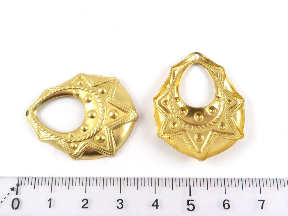 2x breloque goutte ethnique estampe laiton brut fourniture bijoux métal doré 27mm x 35mm (PV-187)