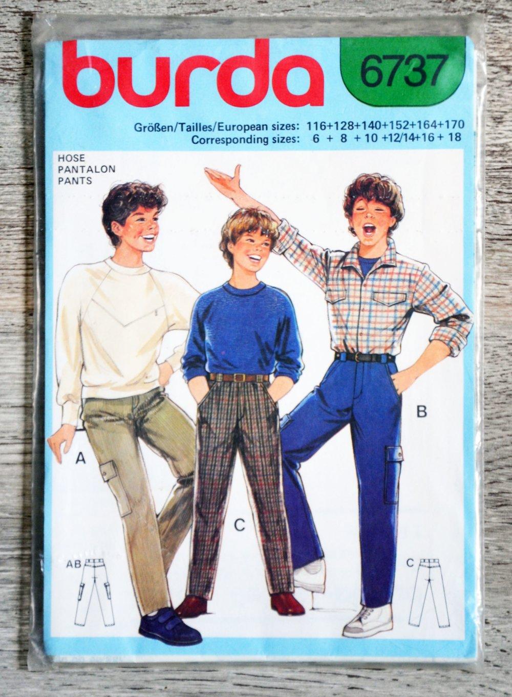 Pochette patron Burda 6737 - Pantalon garçon