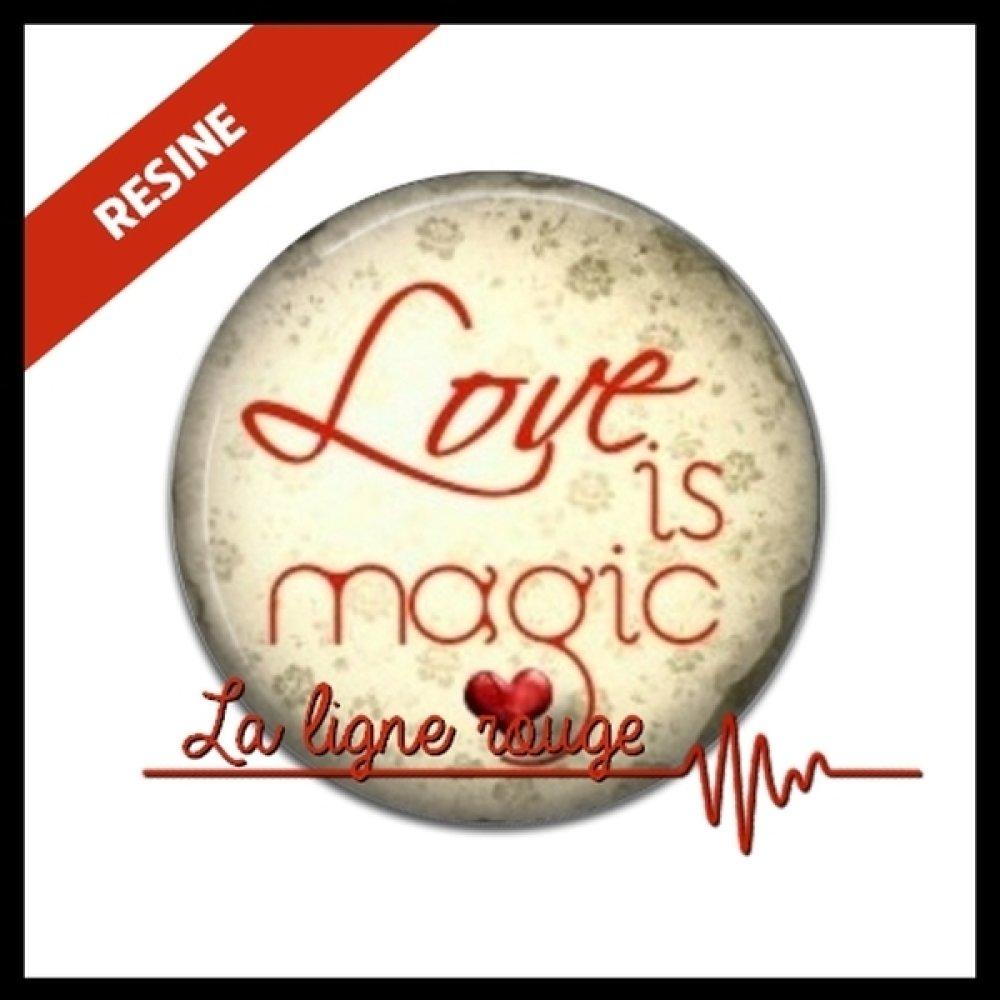 cabochon résine 25 mm ★ cabochon love is magic ★ rond résine époxy ★ REF. 7497
