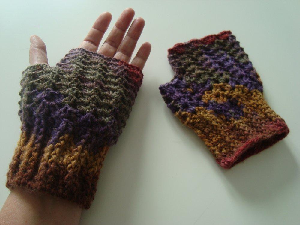 Paire de mitaines en laine multicolore avec pouce