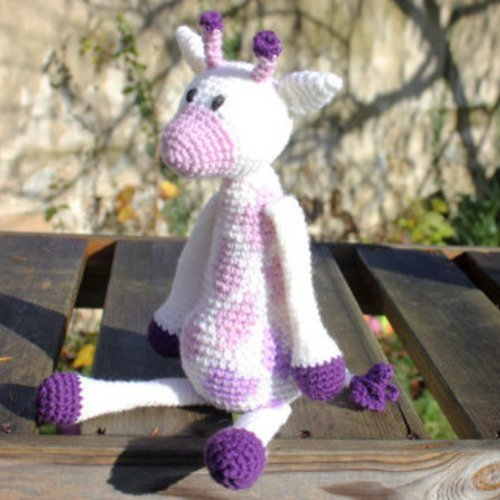 Doudou girafe au crochet, collection la ménagerie