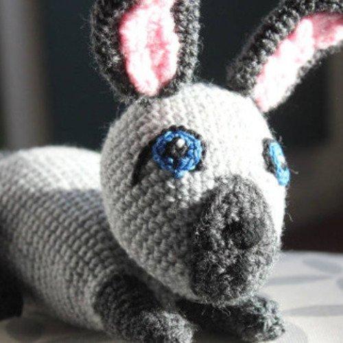 Doudou lapin au crochet, comme un vrai !
