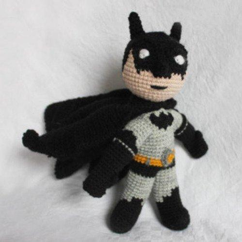 Figurine batman au crochet