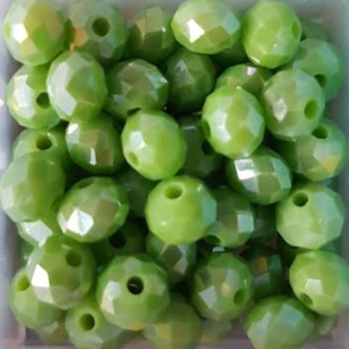 Perles à facettes vertes 6x4mm x30 pve4-22.