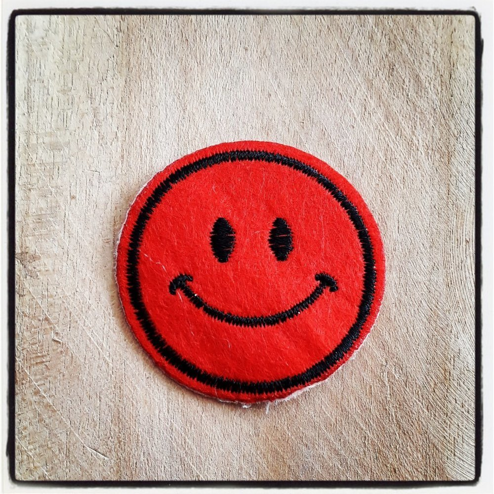 Patch applique tête smile smiley émoticone 47mm customiser personnalisé écusson