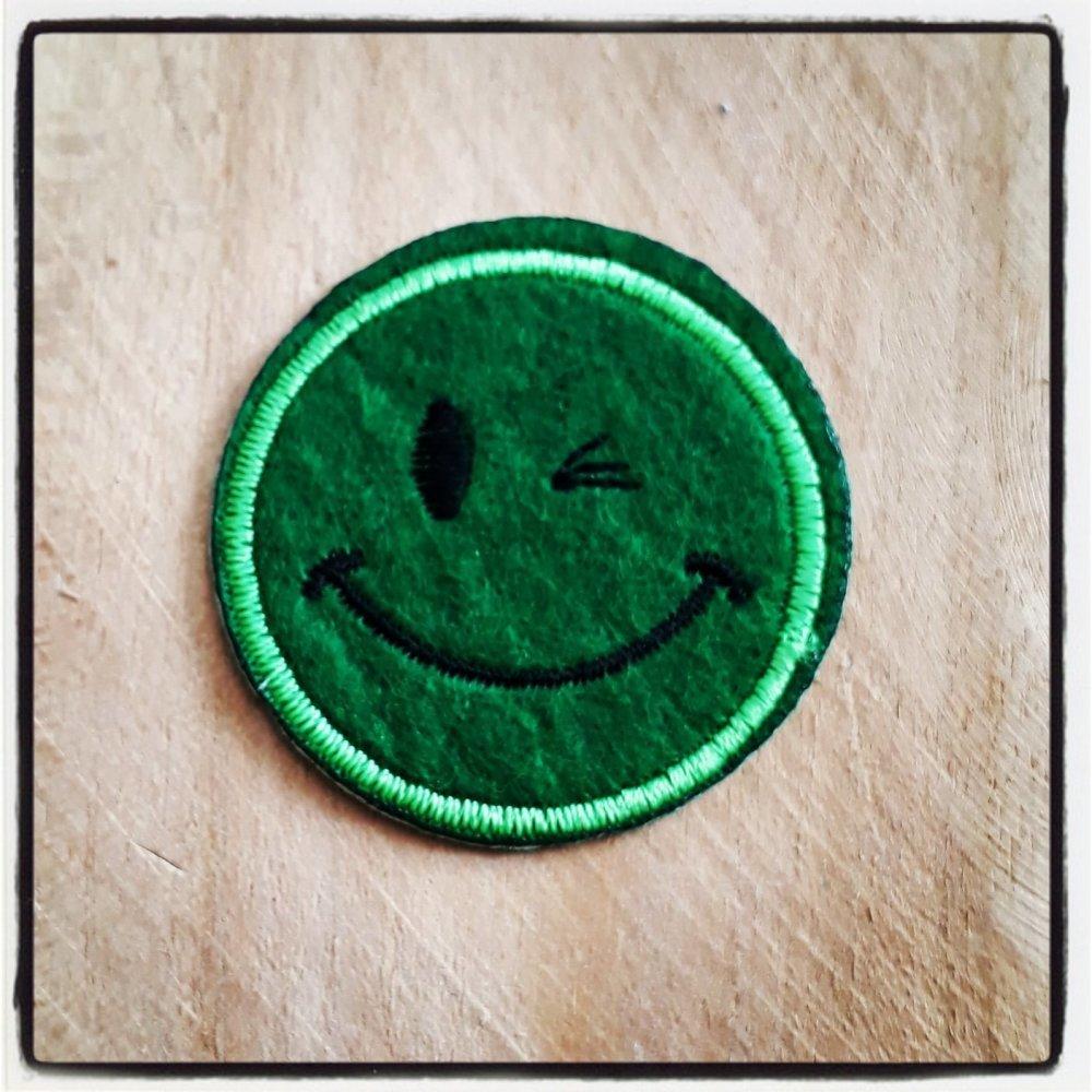 Patch applique tête smile smiley émoticone 47mm customiser personnalisé écusson