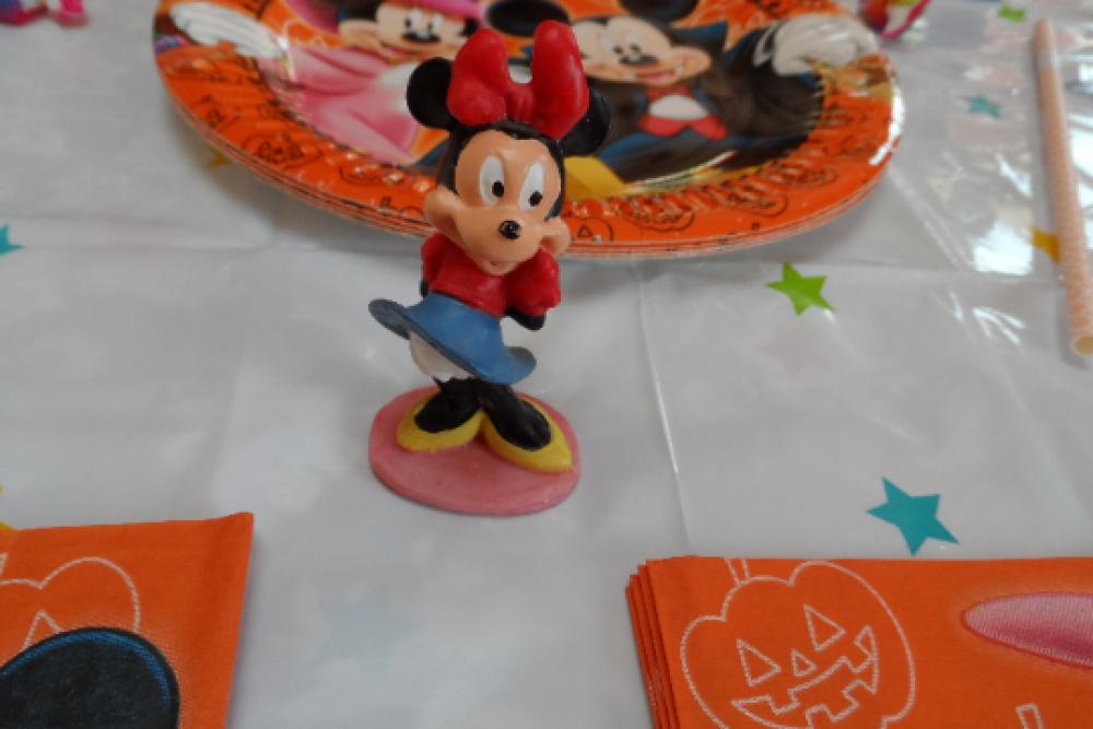 lot pour anniversaire Mickey Disney, box fête anniversaire enfant fête Halloween serviette assiette