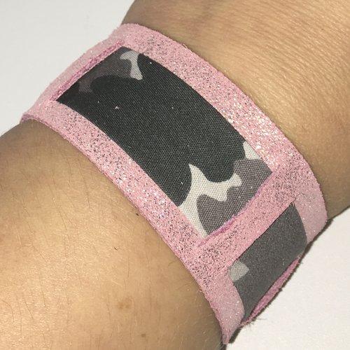 Bracelet cuir véritable rose pailleté et biais camouflage