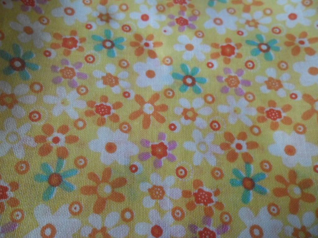 50 x 50 cm 1 coupon de tissu coton patchwork ton jaune motif fleur