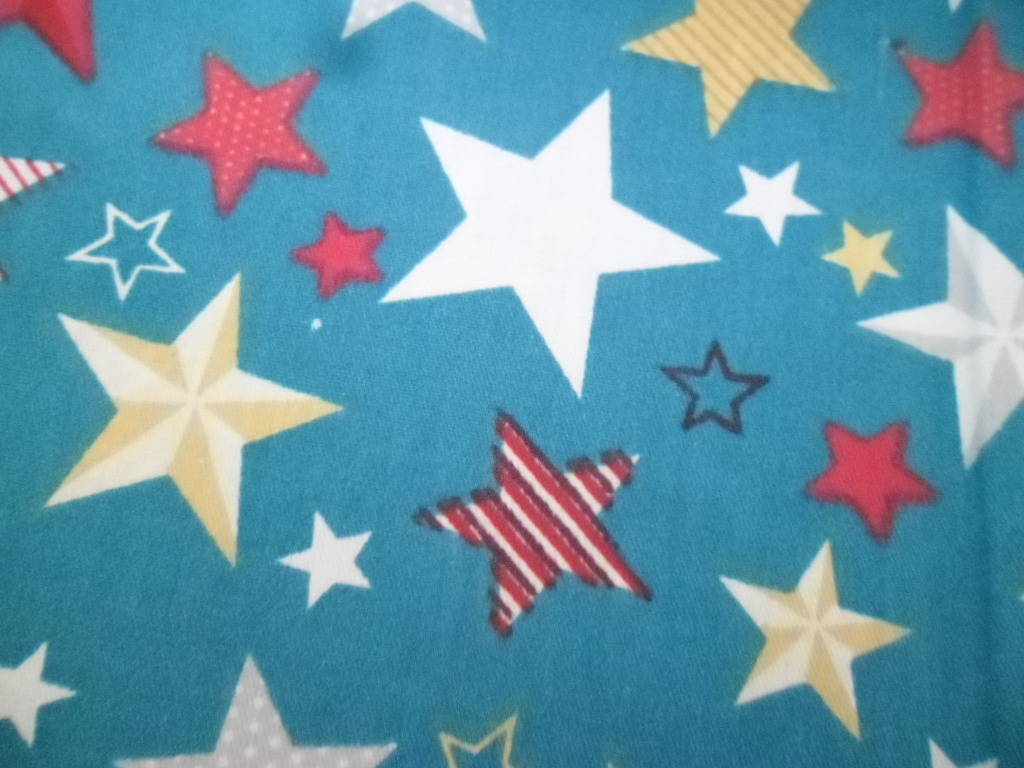 x 1 coupon de tissu coton patchwork bleu lagon motif étoile multicolore 50 x 85 cm