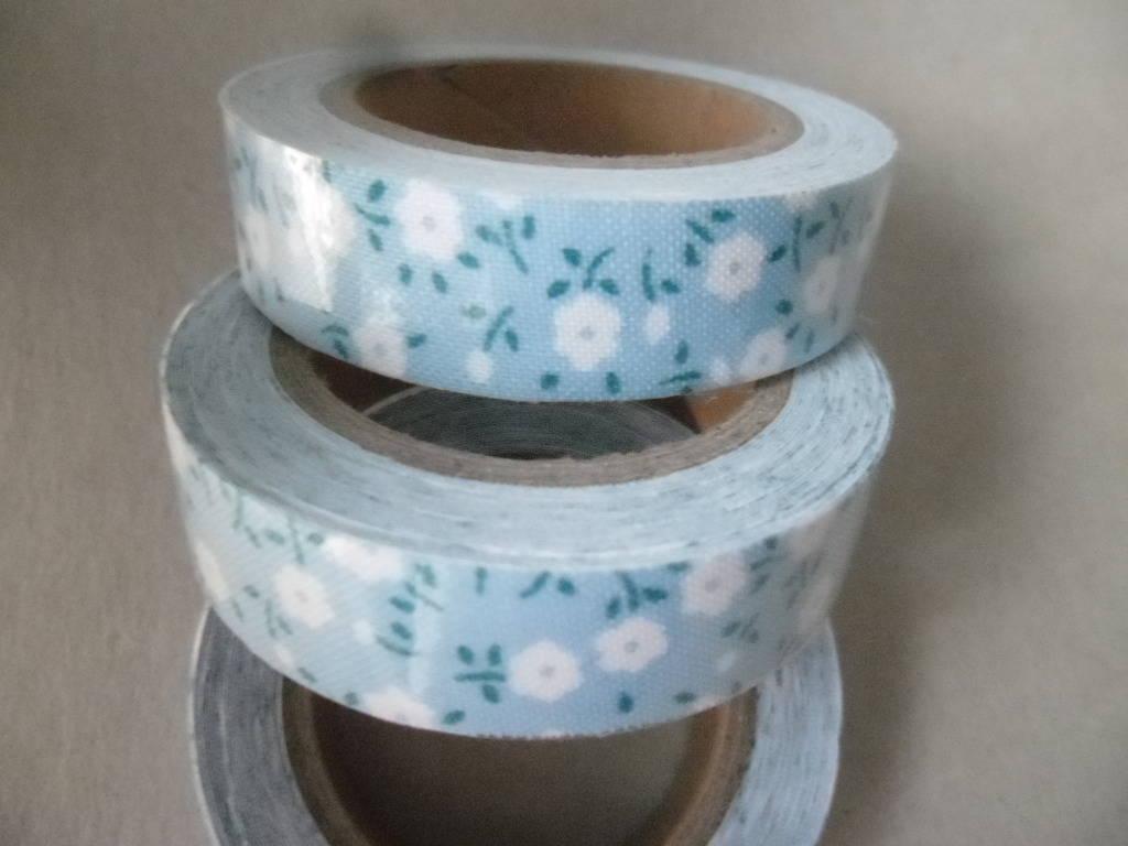 x 5 mètres de ruban adhésif tissu coton masking tape bleu motif fleurettes blanche repositionnable 15 mm