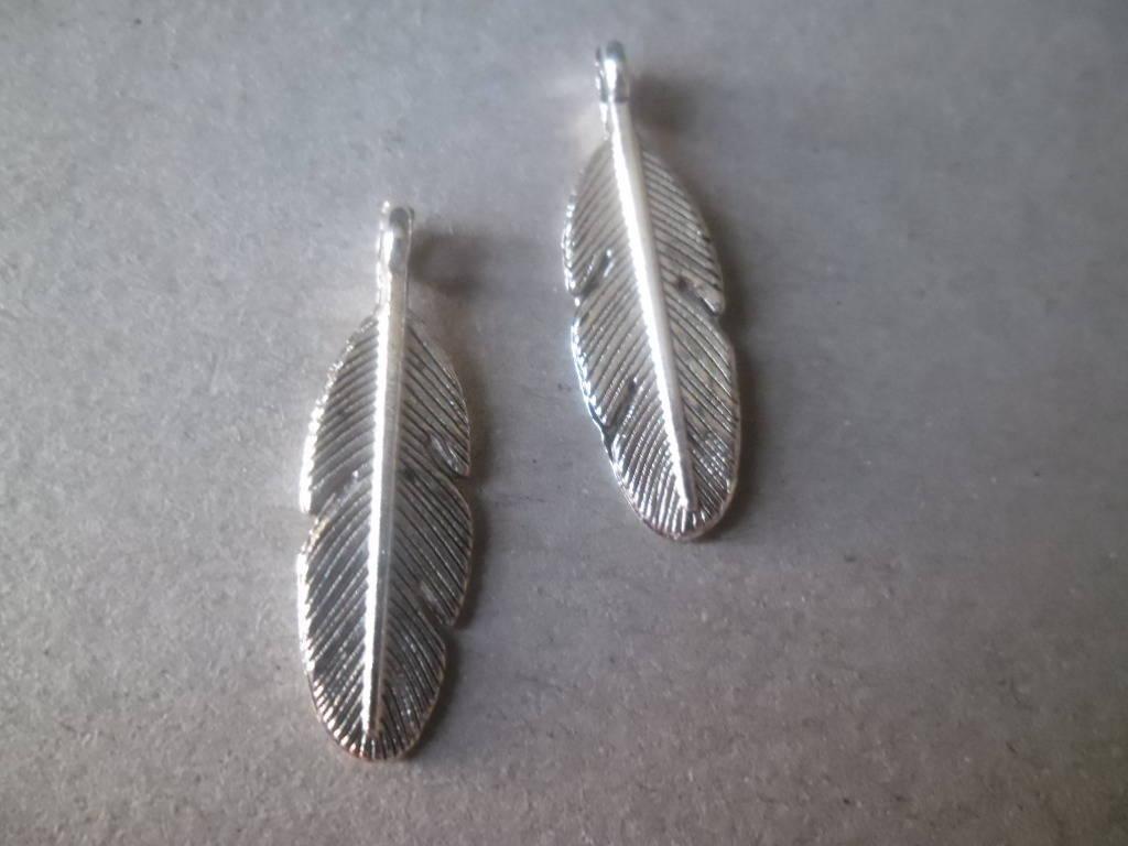 x 5 pendentifs charm plume en métal argenté 30 x 9 mm