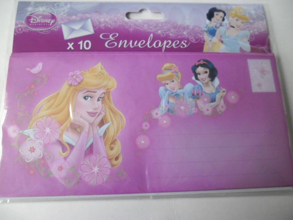 10 grandes enveloppes représentant les princesses 21,5 x 10,5 cm