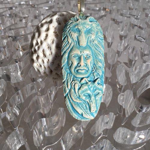 Pendentif style amérindien en céramique véritable coloris turquoise