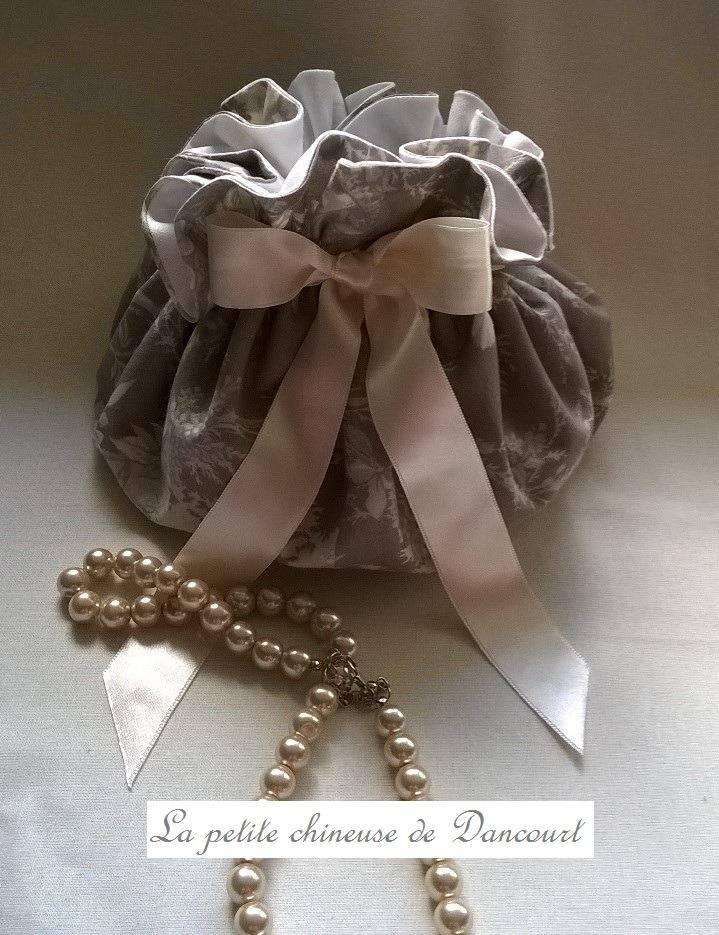 Kit couture complet pour la réalisation d'une aumônière